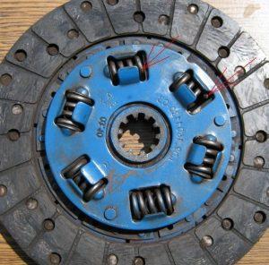 Поломанные пружины диска сцепления