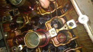 Замена маслосъемных колпачков ВАЗ 2114